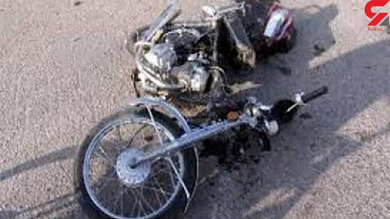 تصادف مرگبار موتور و پژو با یک کشته در جاده مهر