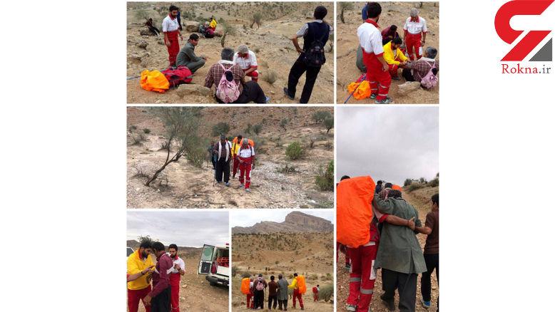 عکس / نجات ۶ گردشگر در منطقه کوهستانی سردشت دزفول