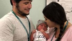 اشتباه مرگبار پدر جوان در خواباندن نوزادش! + عکس