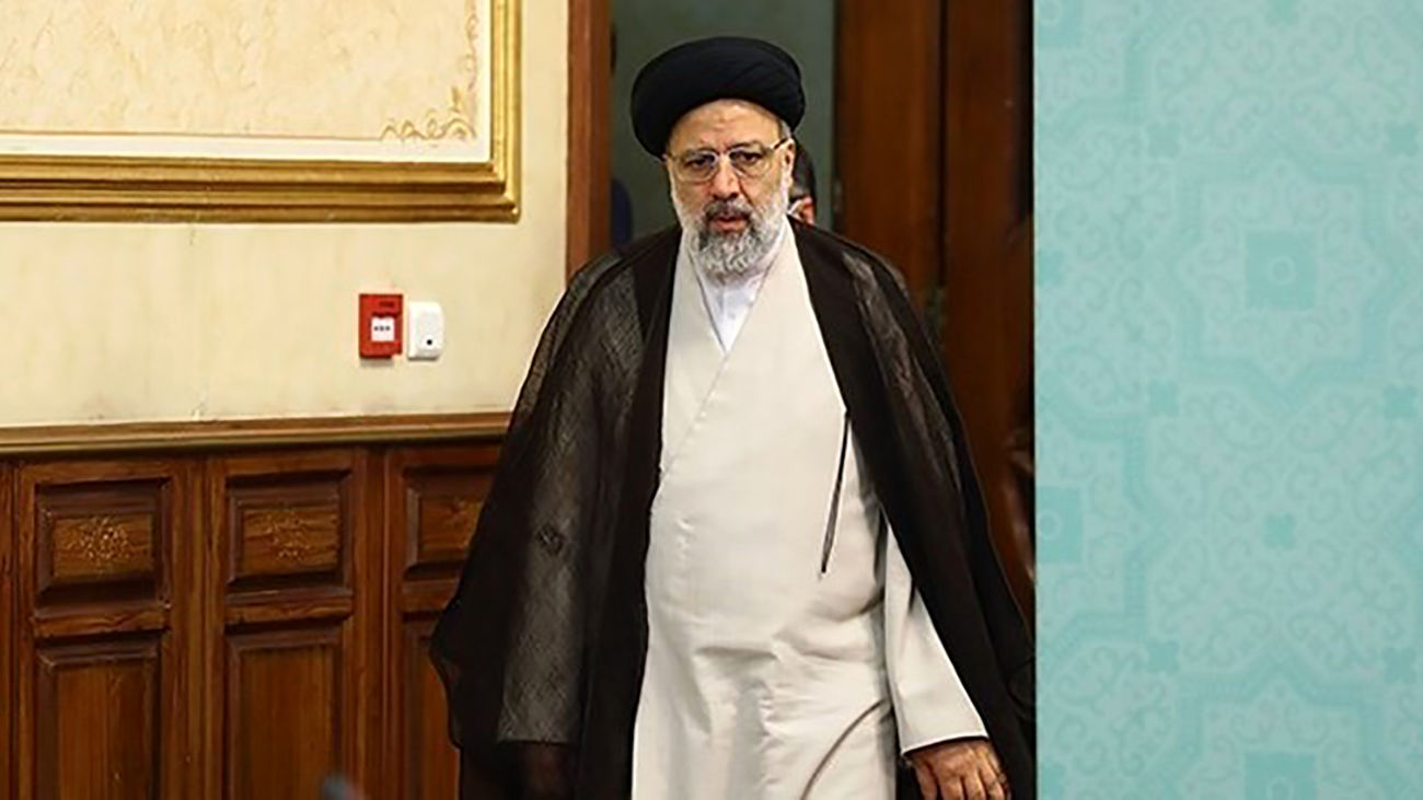 Presidential candidate 'Raeisi' casts his vote in Tehran