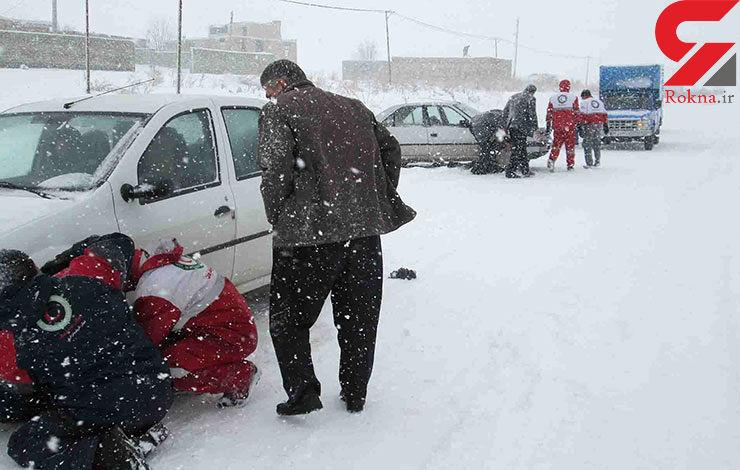 12 استان درگیر برف و کولاک/امدارسانی به 24 محور کوهستانی