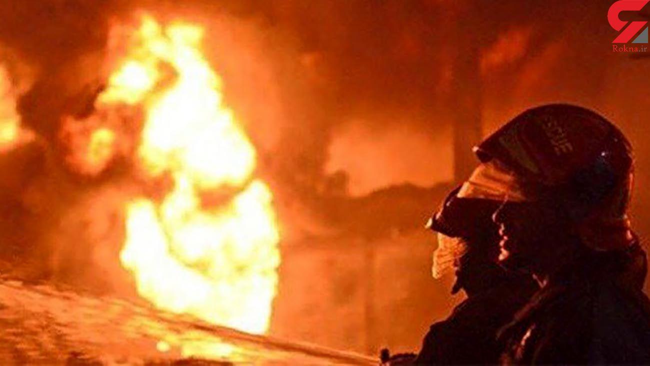آتش سوزی مخازن چند هزار لیتری گازوئیل در شهرک صنعتی یزد