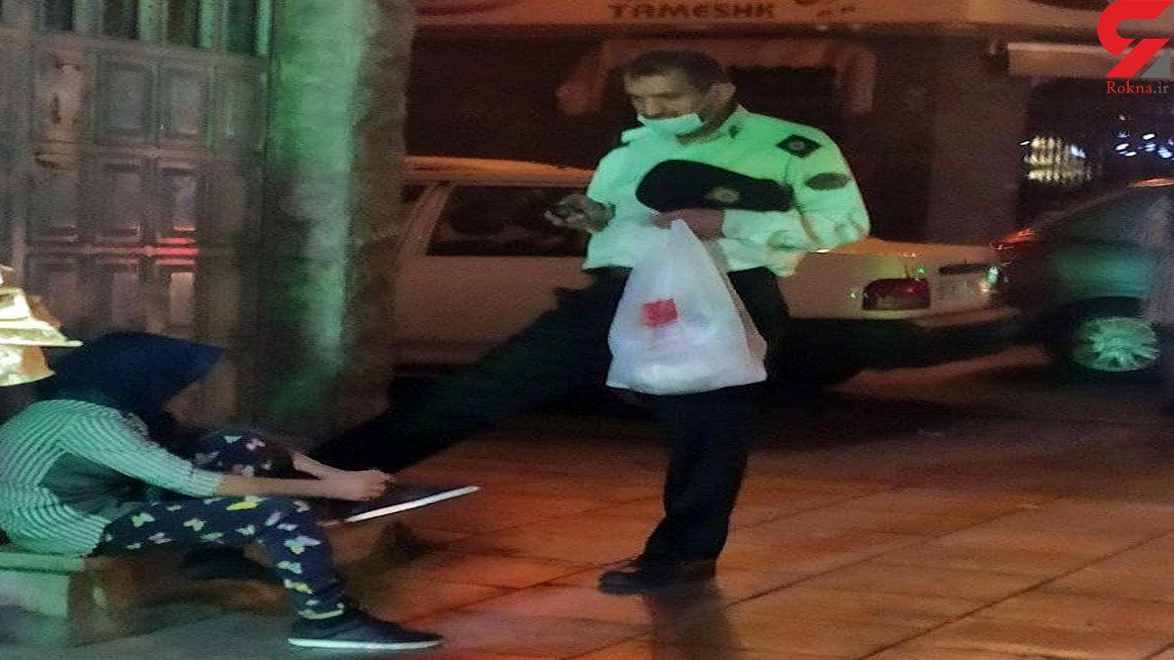 هدیه مهربانی مامور پلیس به یک دختر بچه کار + عکس