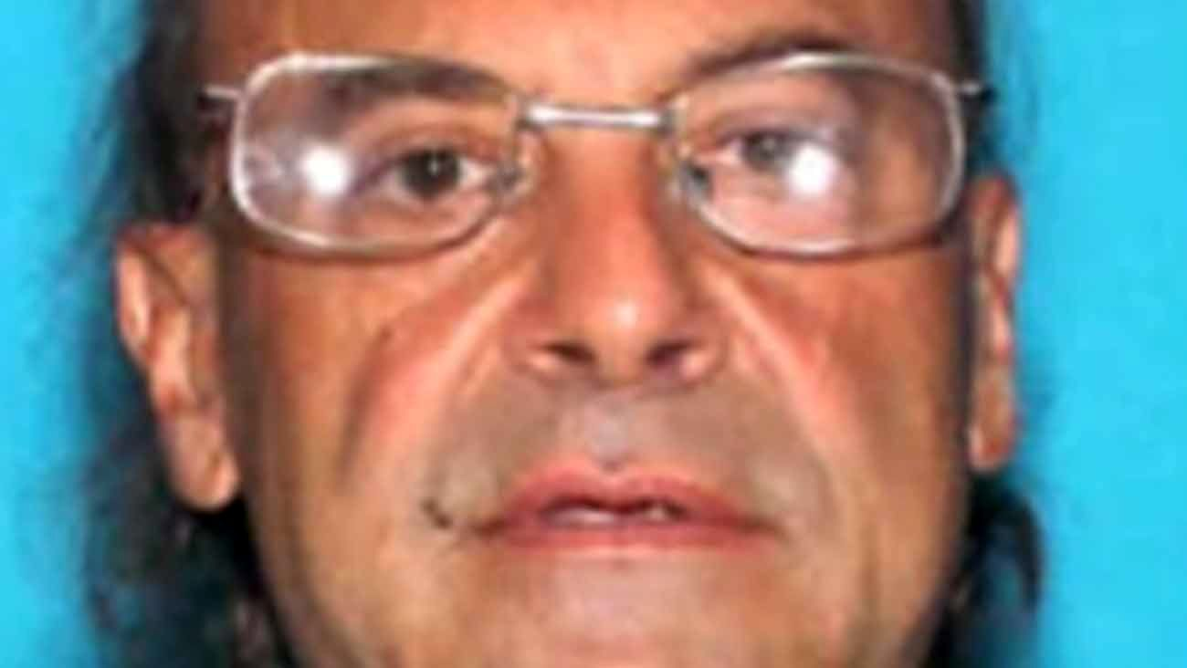 56-Year-Old Is Arrested After Nationwide Manhunt for Allegedly Murdering and Dismembering His Elderly Father