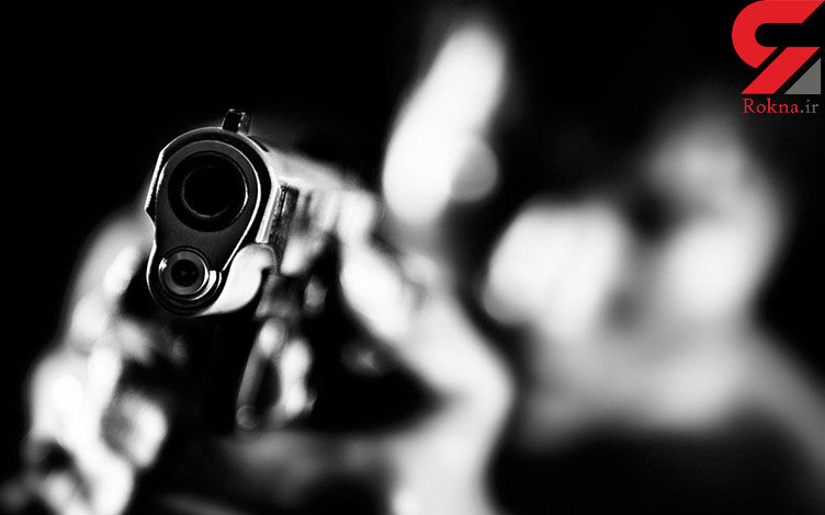 حمله مرگبار با شلیک های پی در پی در یک فروشگاه / پلیس مشهد در تعقیب مرد تیرانداز