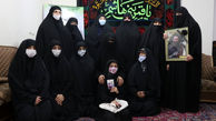 حضور اعضای تشکل بانوان شهدا در منزل شهید امر به معروف محمد محمدی