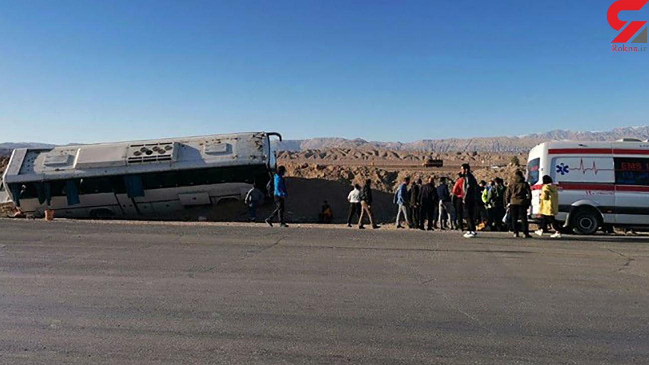 عکس / حادثه برای اتوبوس در محور تهران- سمنان