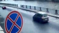 سقوط وحشتناک خودرو به داخل رودخانه+فیلم