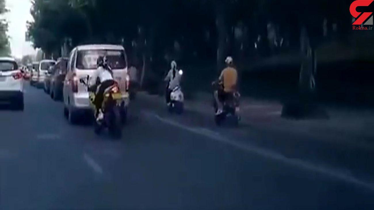 حادثه وحشتناک برای یک زن موتورسوار + فیلم