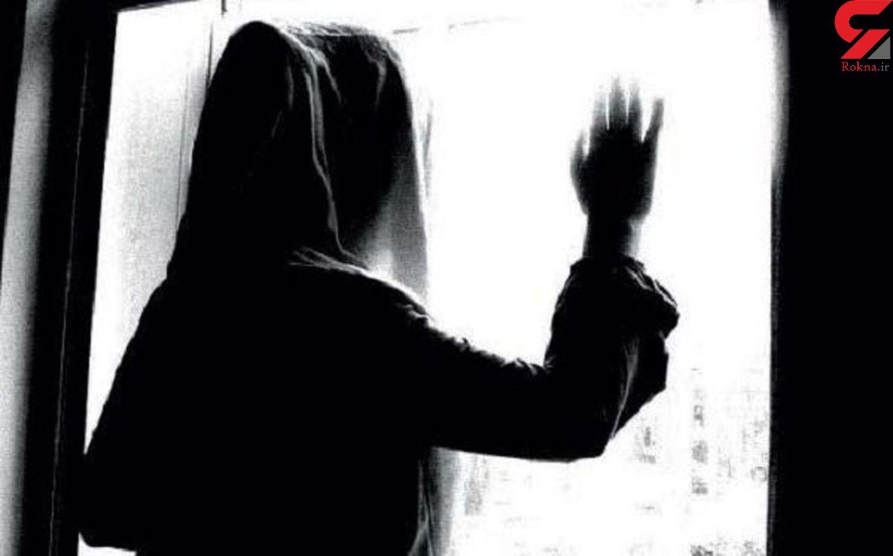 نرگس وقتی وارد خانه شد دخترش را در وضعیت بدی دید / خانه زن مطلقه پاتوق پسر غریبه بود