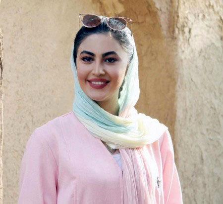بیوگرافی مریم مومن، فخرالزمان سریال بانوی عمارت