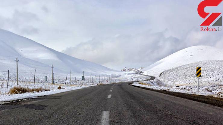 بارش برف باعث مسدود شدن ۱۱محور مواصلاتی در چهار استان شد