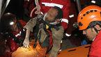 نجات معجزهآسای کارگر از چاه ۲۰متری +عکس