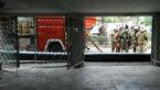 نجات 15 زن و مرد از میان دود و آتش در خیابان پیامبر تهران + عکس
