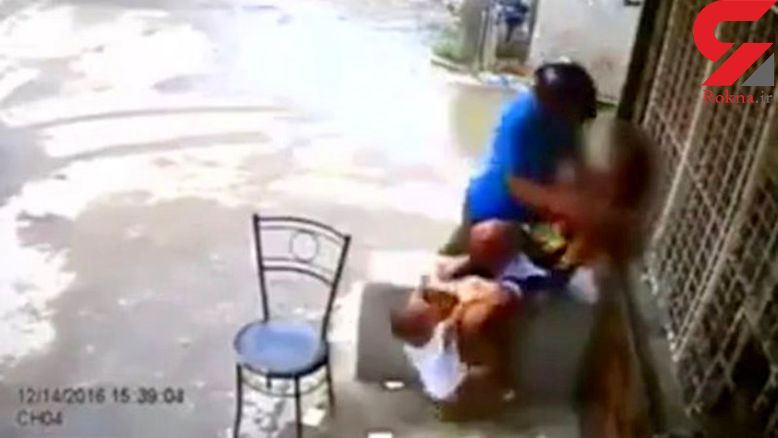 حمله وحشیانه دزد به مادر و کودک + عکس