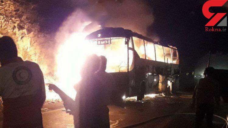 اتوبوس مسافربری با دیواره تونل تصادف کرد و آتش گرفت / در محور جیرفت به کرمان رخ داد+عکس