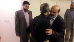 حضور رئیس سازمان صدا و سیما در منزل زنده یاد عزت الله انتظامی