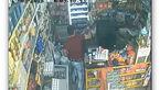 کلیپ کوتاه حمله وحشیانه به فروشنده زن در تهران +پلیس از مردم برای دستگیری مرد خطرناک کمک خواست+عکس