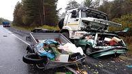 عجیب ترین فیلم از تصادف مرگبار تریلی در جاده بارانی