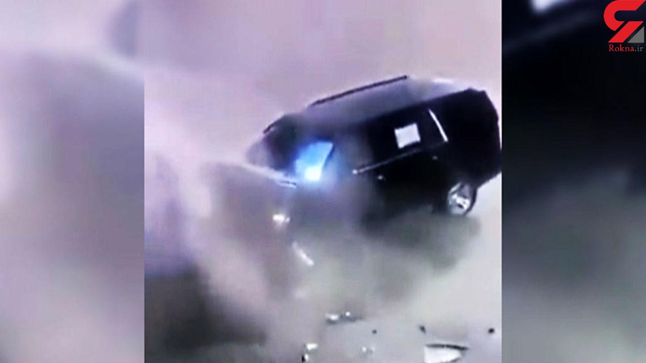 تصادف خودرو با مخزن زباله حین فیلمبرداری کردن راننده با موبایل + فیلم