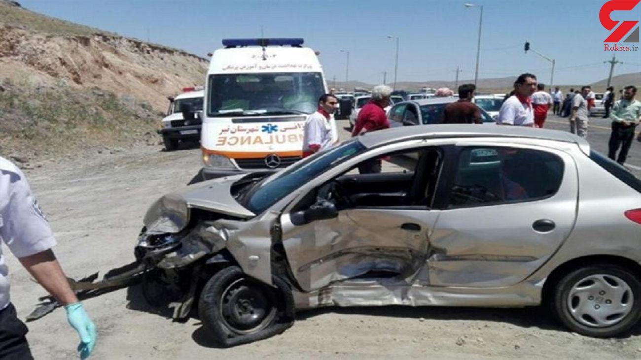 واژگونی 206 در آزاد راه کرج - قزوین قربانی گرفت