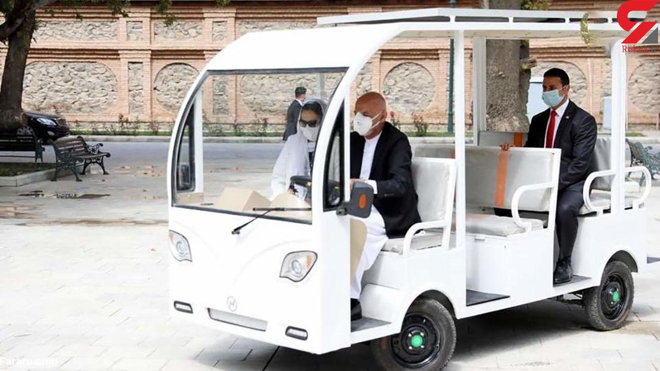 رانندگی رئیس جمهور افغانستان  با خودروی ساخت افغانستان + عکس
