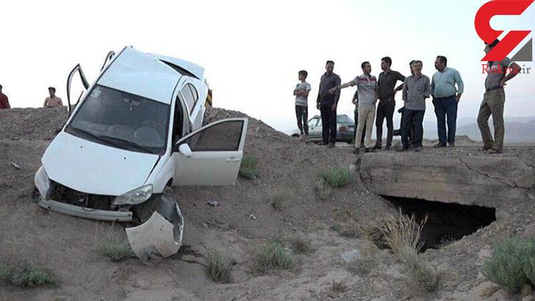 واژگونی مرگبار خودرو در بهاباد