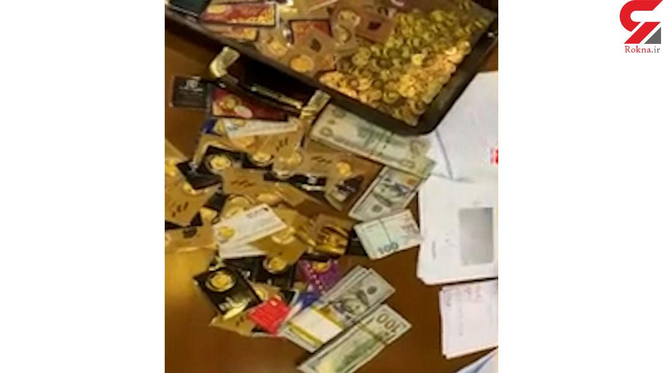 جنجال یک کیف عجیب در جلسه دادگاه مدیران بانک مرکزی / متهمان شوکه شدند + فیلم