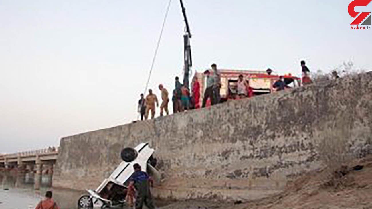 سقوط خودرو سواری پارس در رودخانه شور منجر به مرگ راننده شد