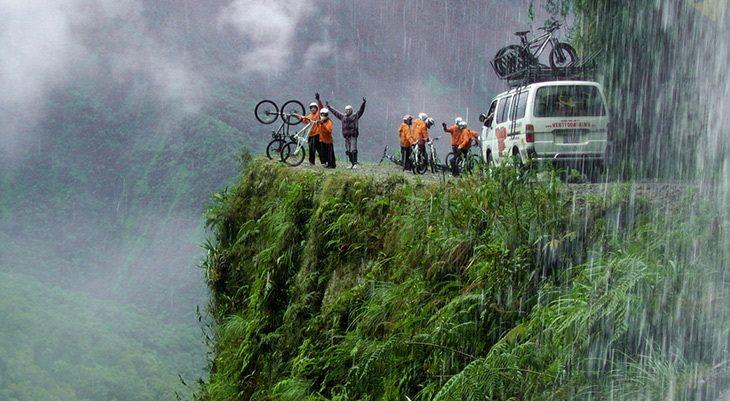 چالش جاده مرگ با طبیعتگران جهان///دپویی