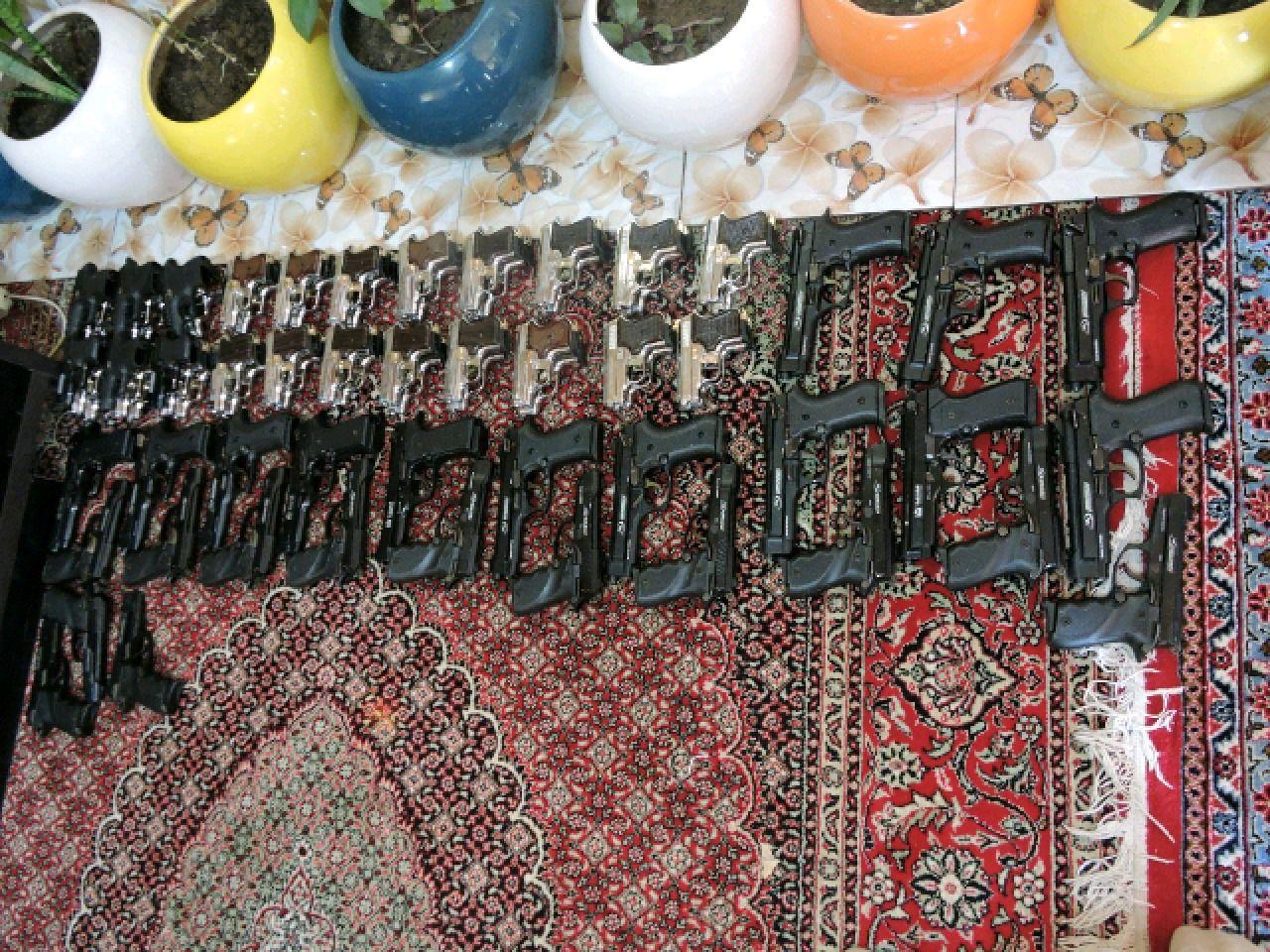 انهدام باند قاچاق اسلحه و مهمات توسط تیپ انصارالحسین (ع) همدان