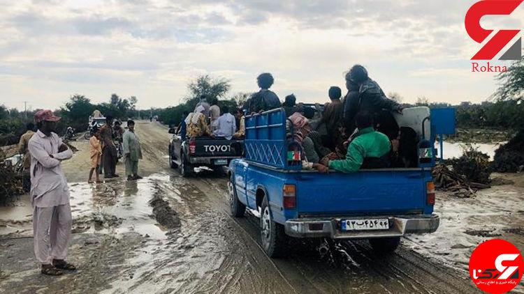 سیلاب برخی مسئولان را هم با خود برده است