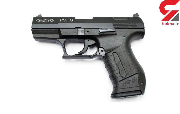 پلیس افغانستان با خرید و فروش اسلحه اسباببازی برخورد میکند