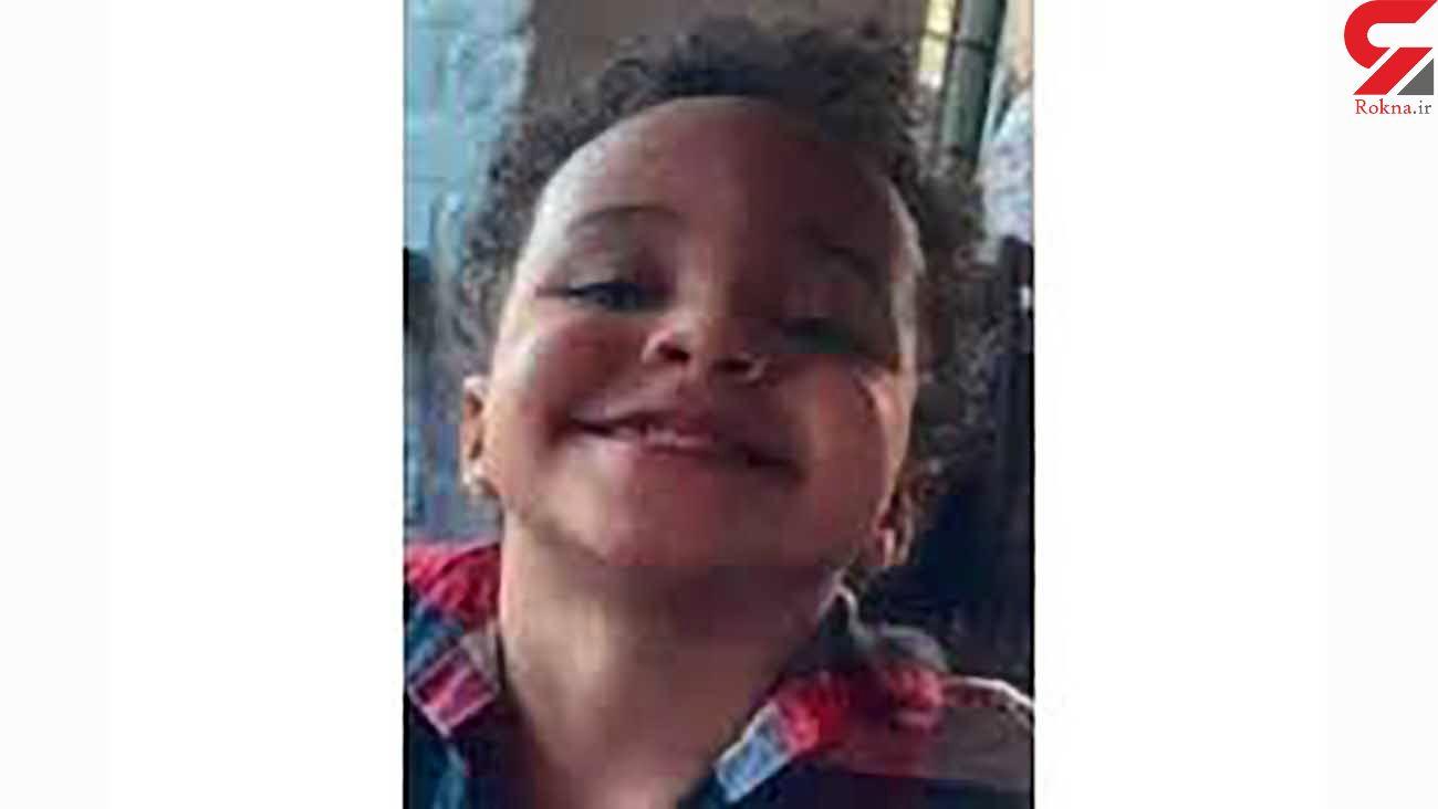 شلیک خونین گلوله پسر 2 ساله به پدر و مادرش / آمریکا + عکس
