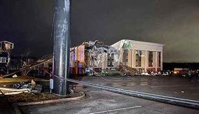 فیلم ویرانی خانه های در گردباد آلاباما