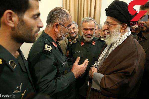 دیدار رهبر معظم انقلاب اسلامی با پاسدارانی که متجاوزان امریکایی  را بازداشت کردند + فیلم