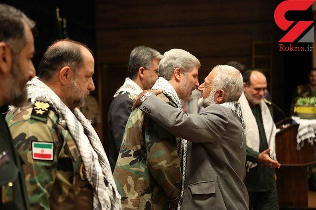 وزیر دفاع از دو خانواده شهدای مدافع حرم تقدیر کرد