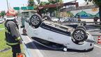واژگونی خودروی سواری در بلوار شهید بهشتی رشت