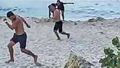 وحشت مردم در ساحل از دیدن صحنه ای ترسناک + عکس