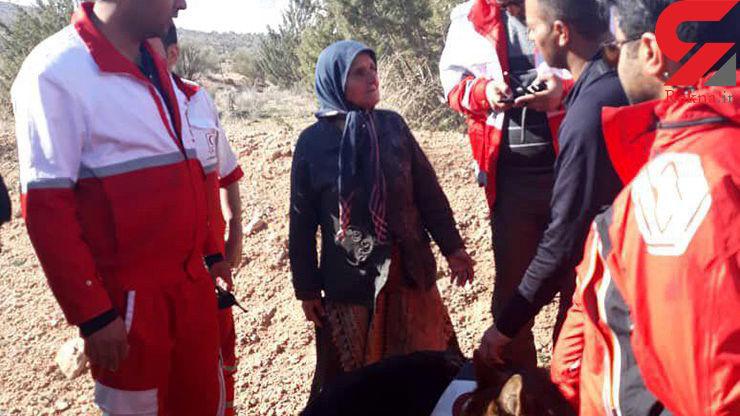 ۱۹ ساعت عملیات نجاتگران استان فارس برای پیدا کردن پیرزن ۶۲ ساله+ عکس