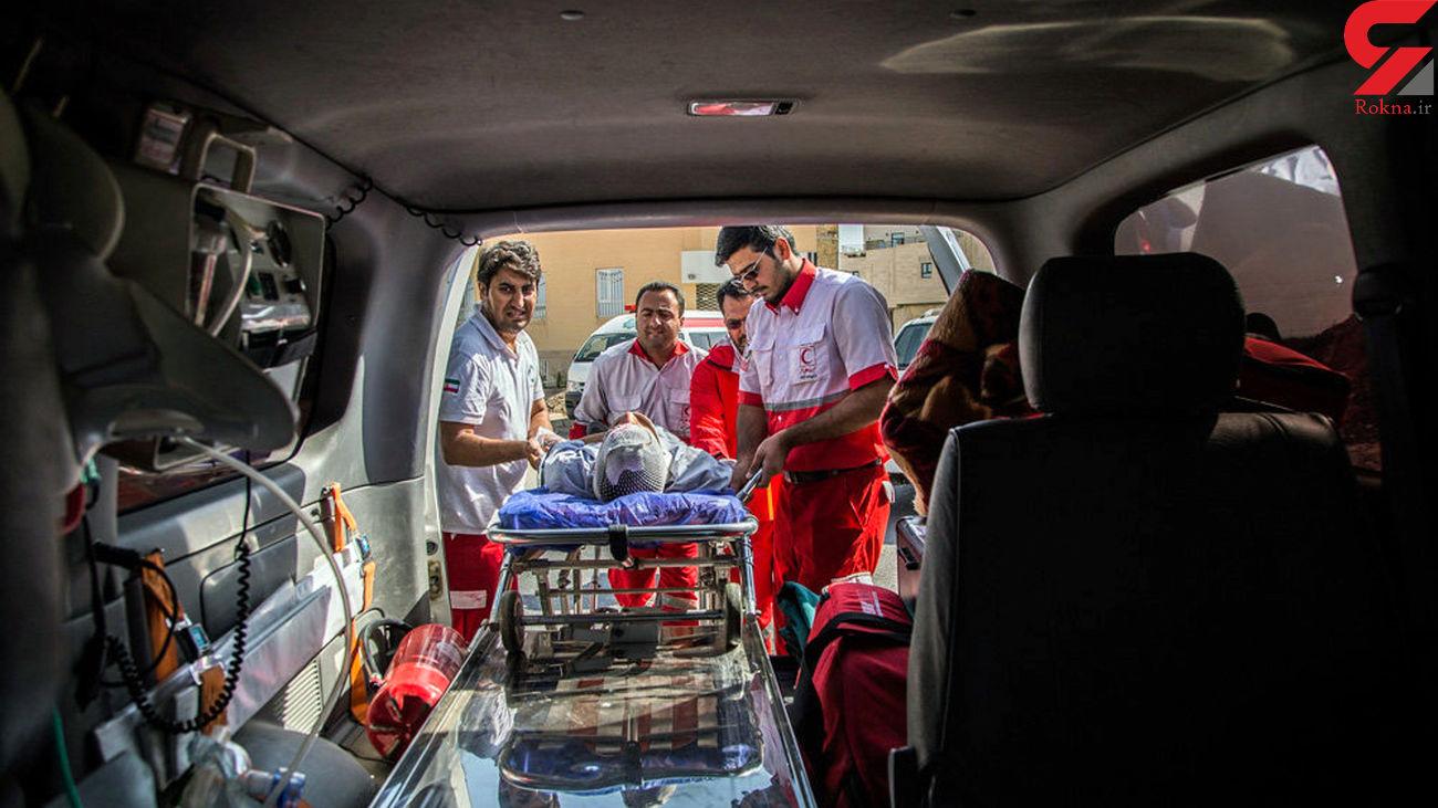 انتقال مصدومان دو خودروی ون زائران اربعین به مهران + اسامی و عکس