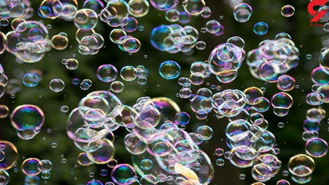 لحظه حیرت انگیز یخ زدن حباب + فیلم
