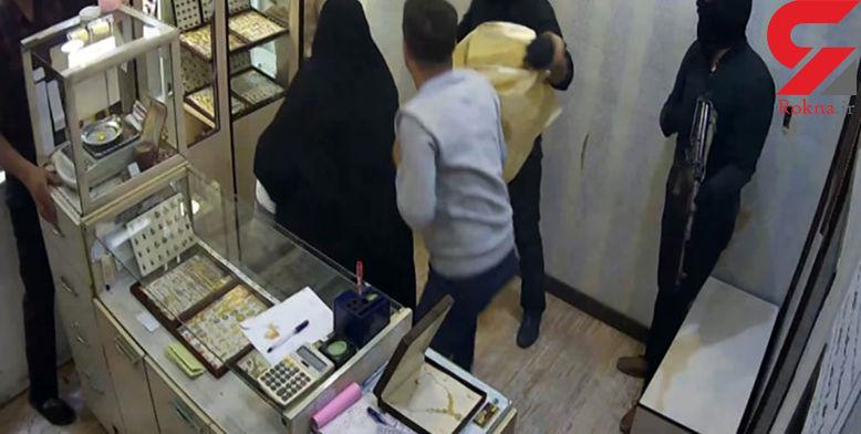 عکس لحظه سرقت مسلحانه از طلافروشی بندر ماهشهر / ساعتی پیش رخ داد