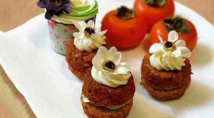 طرز تهیه کاپ کیک های خانگی باخرمالو