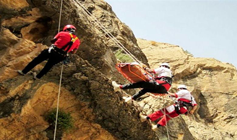 سقوط مرگبار از ارتفاعات طاقبستان + عکس