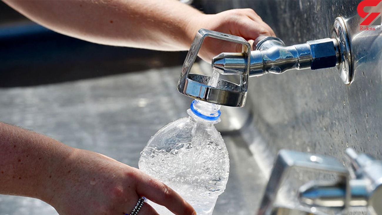 بطری های آب را داخل خودرو نگذارید / بویژه در تابستان + فیلم
