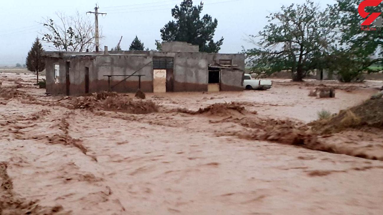 خسارت شدید سیل به خانه های مردم در اسفراین/ شب گذشته رخ داد