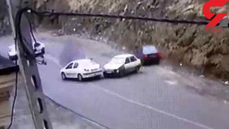 بازهم ماجرای ریختن گازوئیل در جاده چالوس برای تصادف ساختگی+ عکس