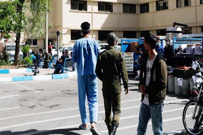 فیلم صحنه قمه کشی خشن در پارک بهاران + گفتگو و عکس
