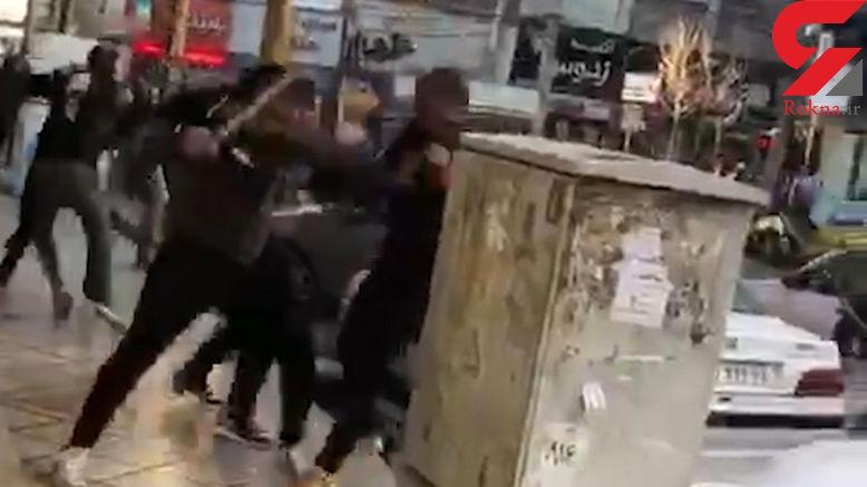 14+ / فیلم وحشتناک از درگیری اشرار قمه به دست در شهریار